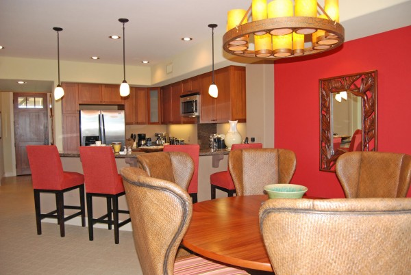 Dining and kitchen 8f