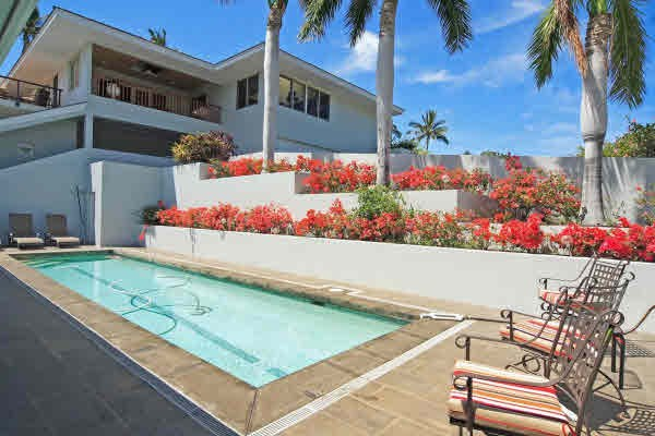 Mauna Kea auction house pool