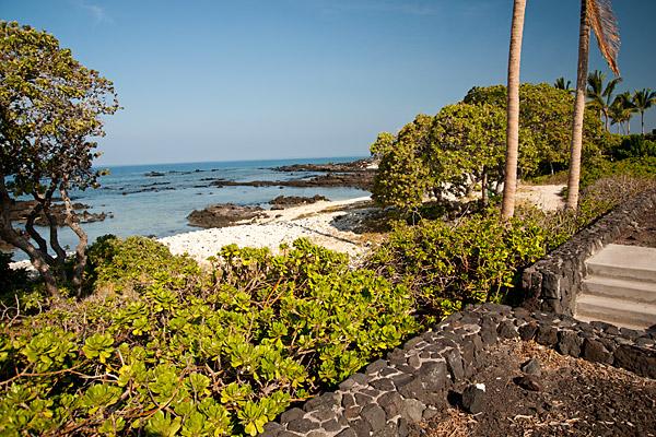 Naupaka Place beachfront lots sold at Waikoloa Resort