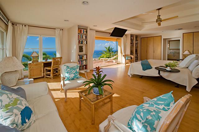 Hawaiian Style Bedroom: Magnificent Hawaii Loa Ridge Villa With Panoramic Ocean