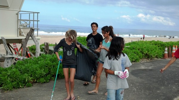 Puako Hapuna Clean Up Kids 2
