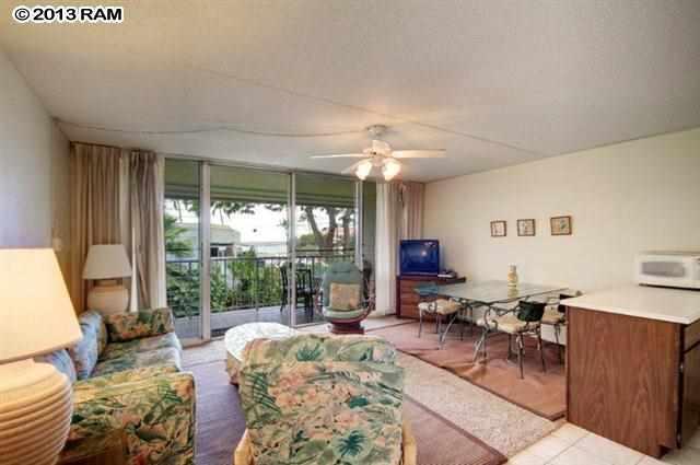 KKN 230 living room