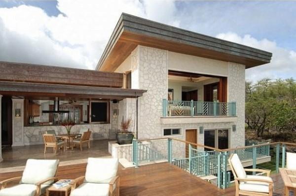 Luxury Built Home for Entertaining on Paiko Lagoon