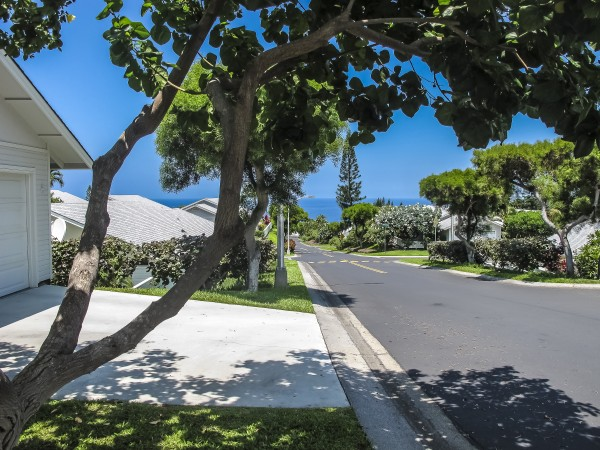View into Kailua Bay