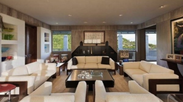 Makiki Heights Drive Home for $2,645,000