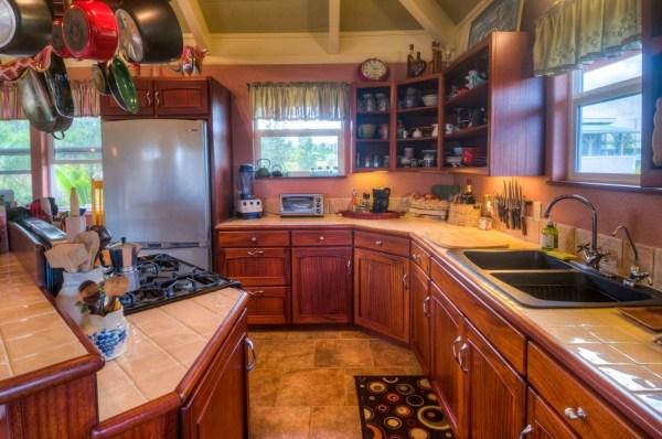 KSVE custom kitchen