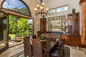 Portlock Indoor Outdoor Dining
