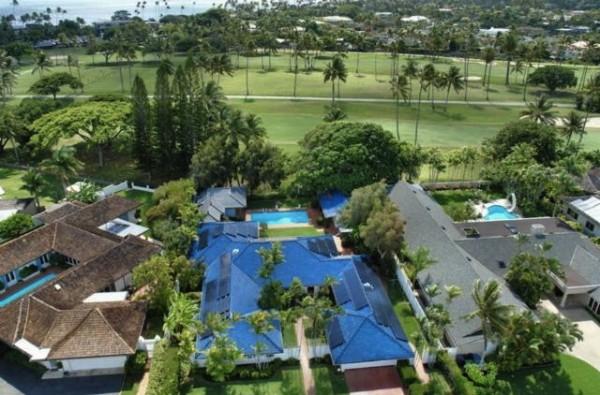 Waipahehe Home fronting Waialae Golf Course