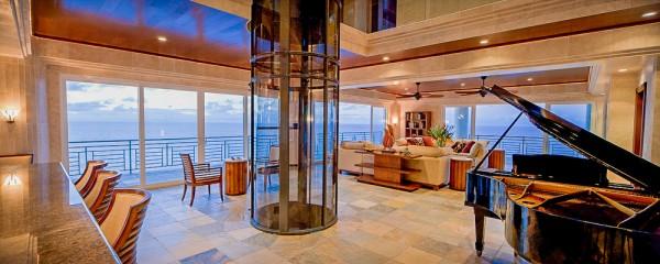 Living Room - Ninole Estate