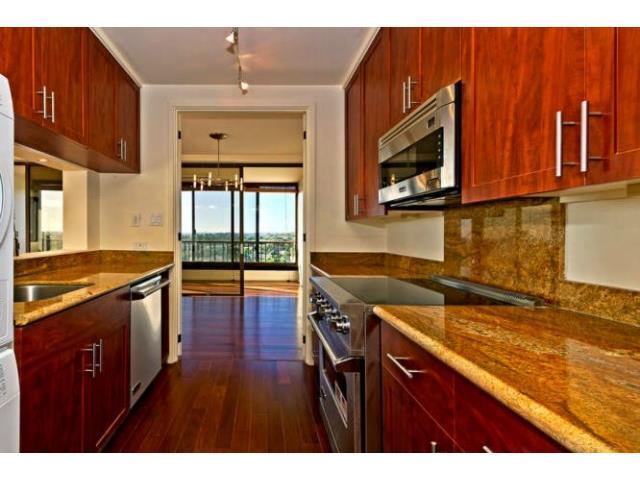 Elegantly remodeled kitchen with new SS appliances, Ipe wood flo
