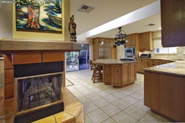 fireplace-kitchen
