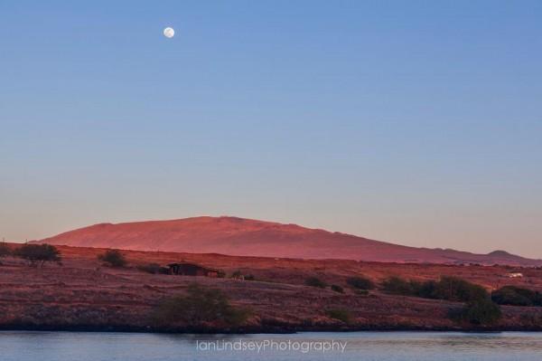 Full Moon Over Mauna Kea at Sunset, Photo Provided by Ian Lindsey Photography