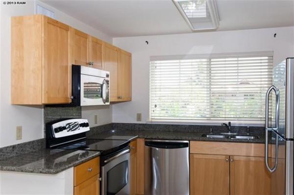 MAUI358096E_kitchen
