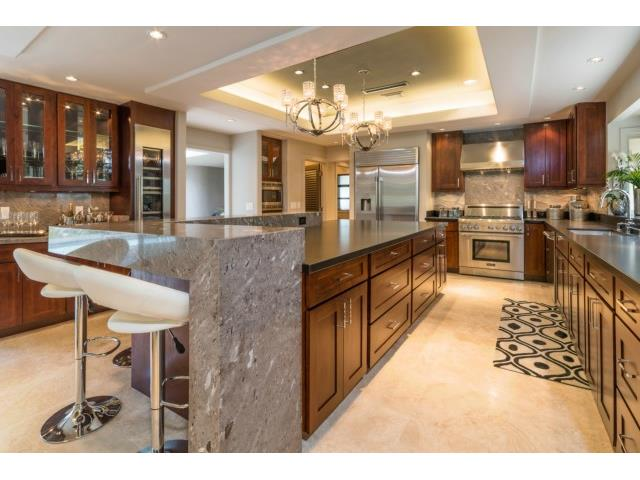 Dream Kitchen! Fully equipped with Thermadore Appliances includ
