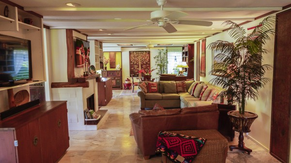 Open Floor Plan in Mokuleia