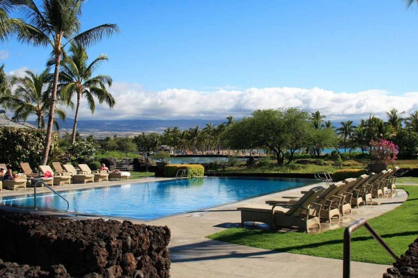 Kolea at Waikoloa Beach resort pool