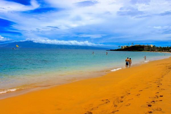Kaanapali Beach Towards Molokai