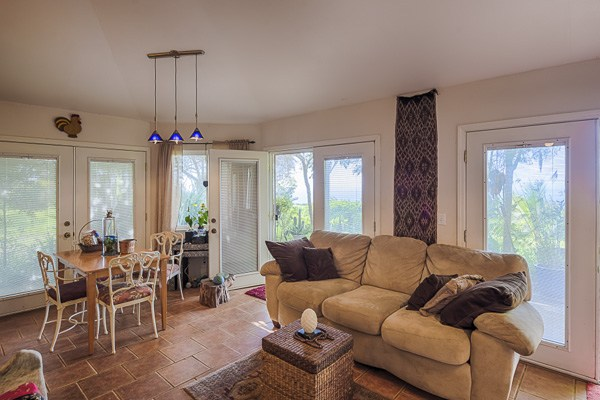 The property includes a detached 1 bedroom apartment with comfortable living areas