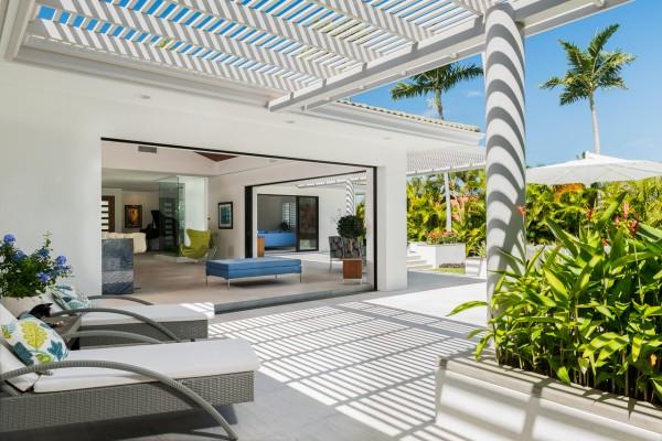 Maui Modern
