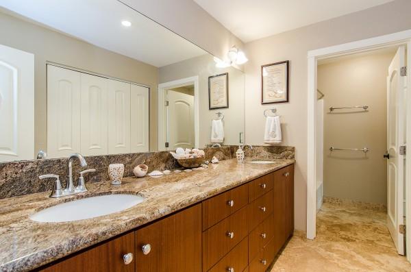 1377042_Bathroom_high
