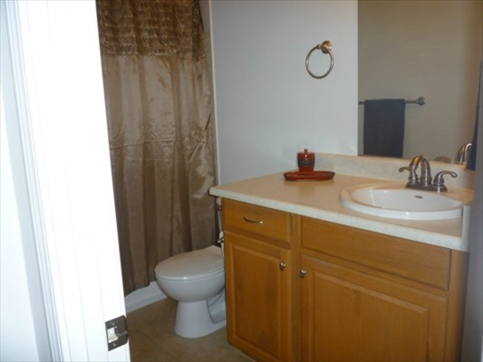 Master bath - nicely updated