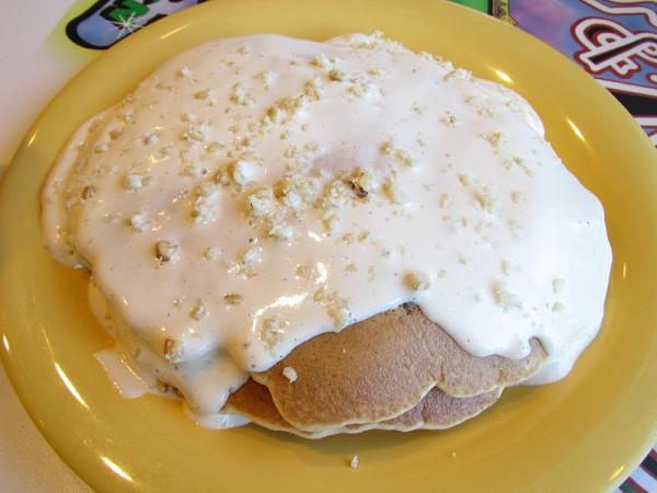 B&K macnut pancakes