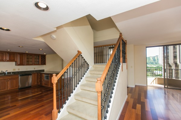 2 Story Penthouse at Leisure Heritage