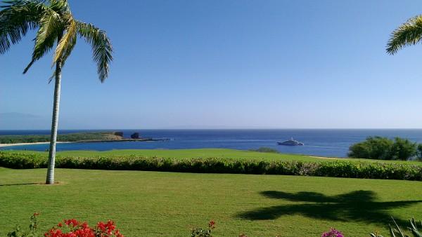 "Larry Ellisons Yacht is here for ""Festive"" at Lana'i Manele Bay"