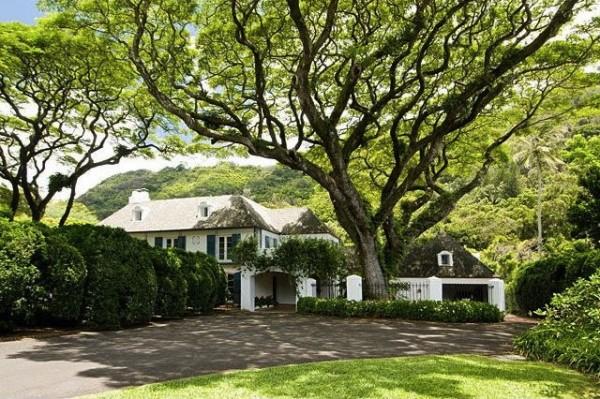 Dowsett Ave Home in Nuuanu