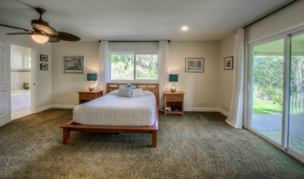 Bev MLS 282000 Kalopa 3.30.15 master bedroom