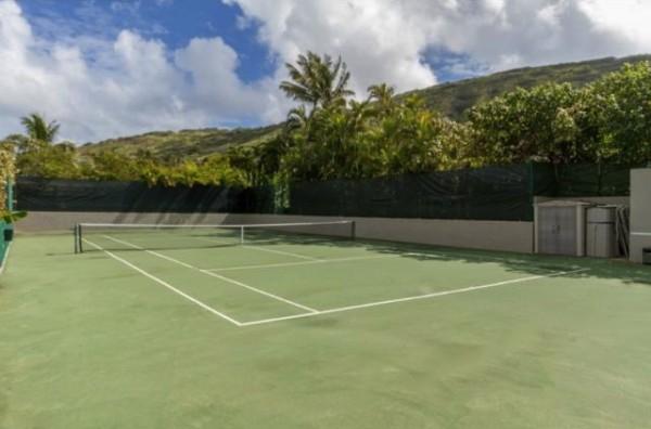 Portlock Preis Tennis Court