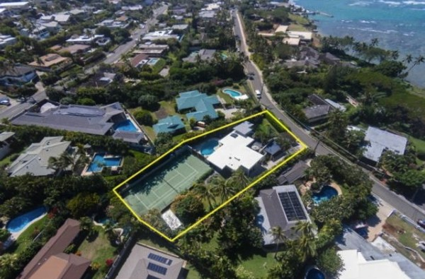 Portlock Preis home with Tennis Court