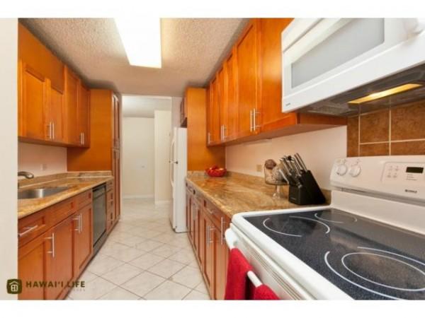 2303 Kitchen