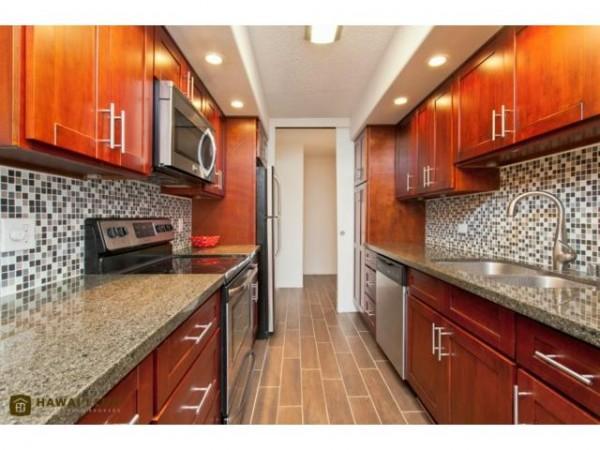 2502 Kitchen
