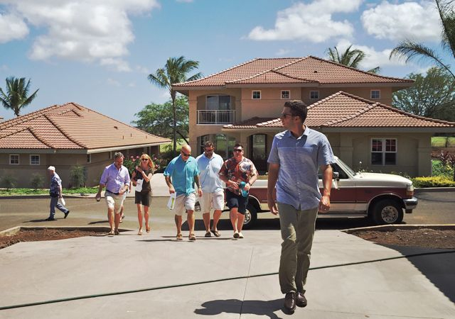Hawaii Life agents are ready to help you at Hokulani Golf Villas