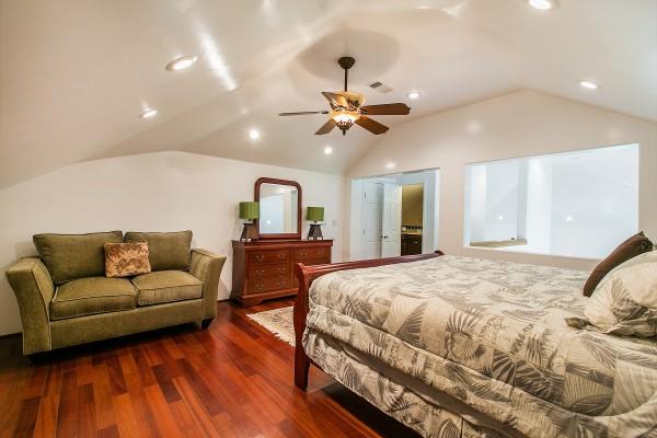 Bedroom-Suite-2_1800x1200_1965489