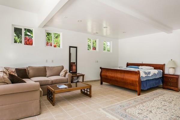 Bedroom-Suite_1800x1200_1965491