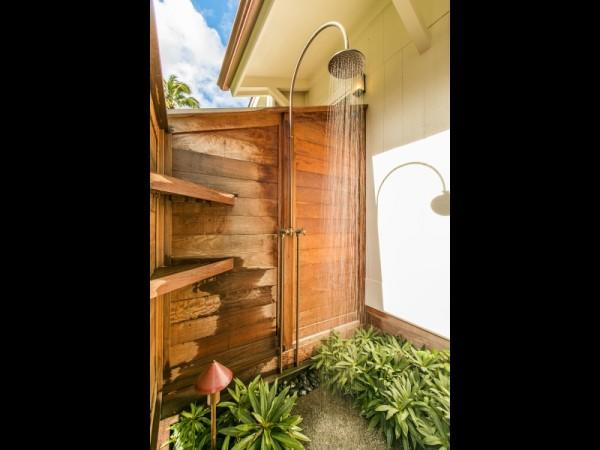 Out-Door-Shower_x_2103722