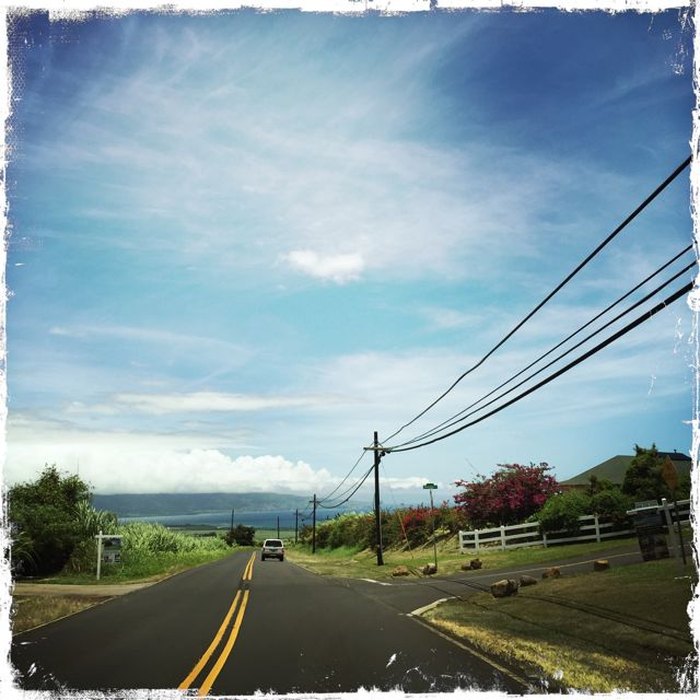 Baldwin Avenue in front of Maunaolu Plantation subdivision
