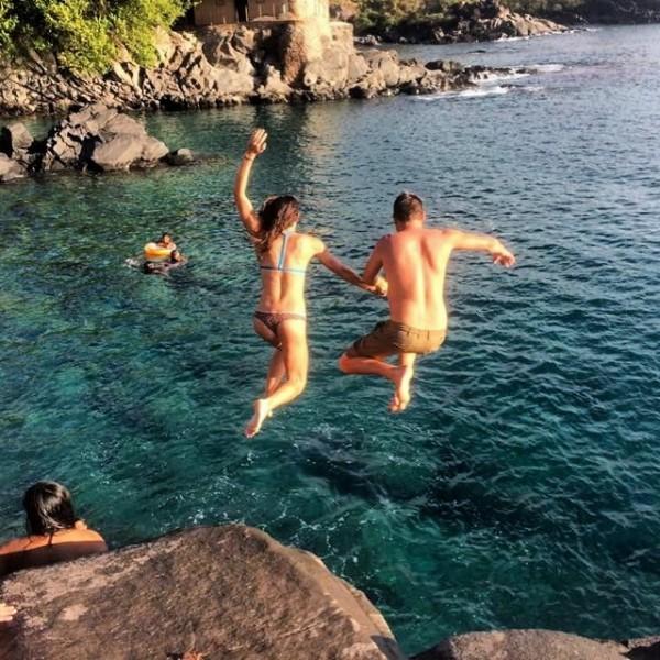 Cliff jumping at Namalu Bay