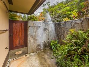 Outdoor-Shower-1.jpg_800x600_2288295