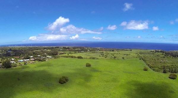 20 acre lot Hawi Nani