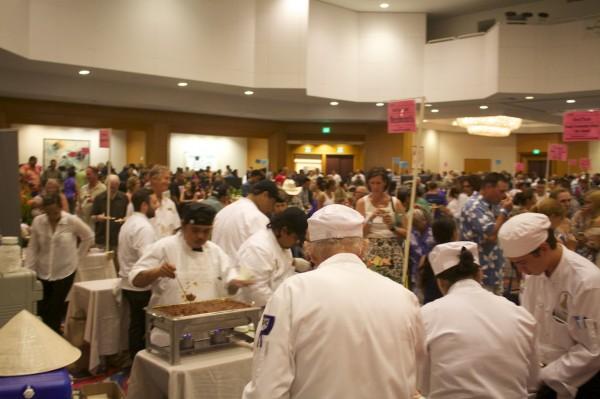 crowds at 2015 Taste