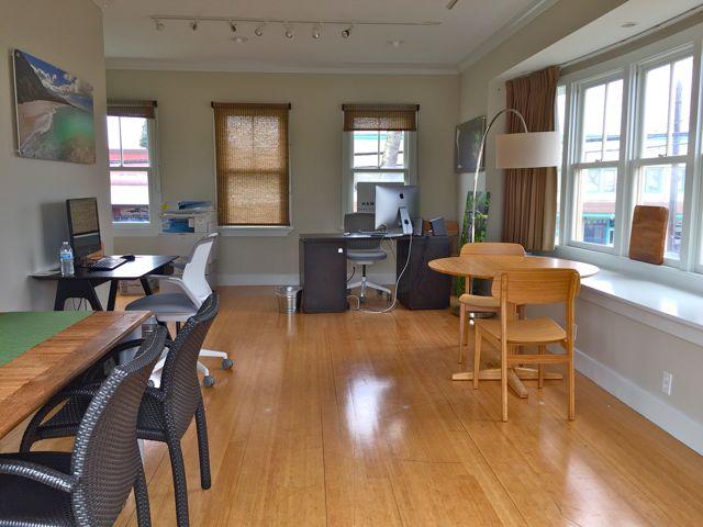 Hawaii Life Real Estate Brokers Paia Maui office