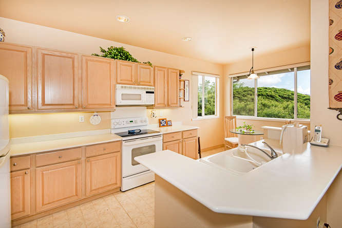1317B Moanalualani Way-small-002-23-DSC 3440-666x444-72dpi