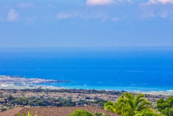 Ocean and coastline view of the Kona coast