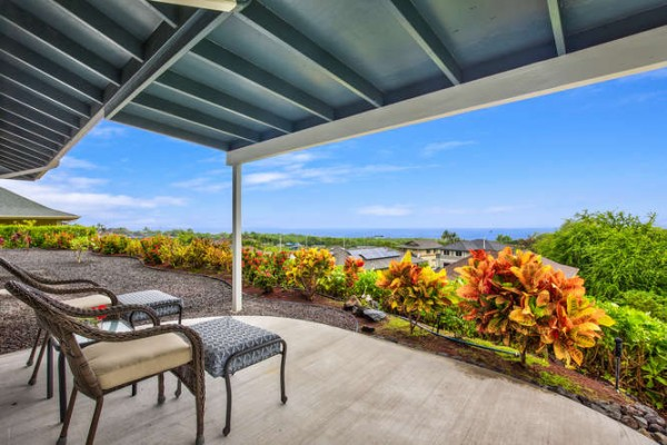 covered lanai with ocean view