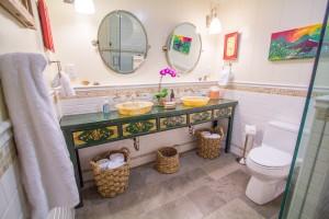 Kaohebathroom