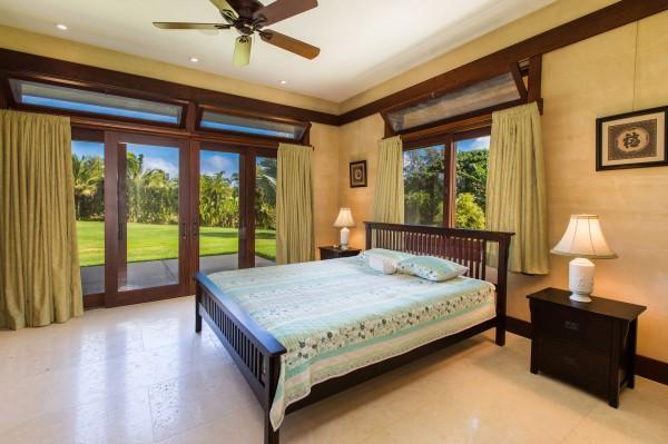 4469w n Waiakalua RD Kilauea-print-104-94-Bedroom-4200x2799-300dpi