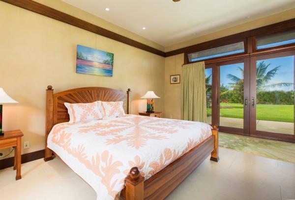 4469w n Waiakalua RD Kilauea-print-109-114-Bedroom-4200x2858-300dpi